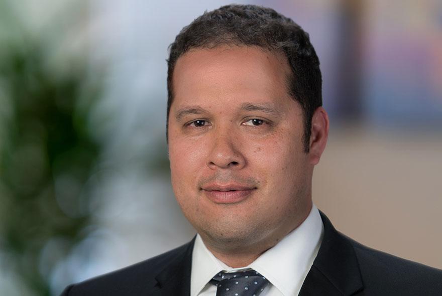 Elias Vera | CFA CFP Portfolio Management Analyst | D&Y Wealth SD